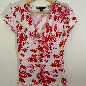 Banana Republic-Floral Top White Red Short Sleeve